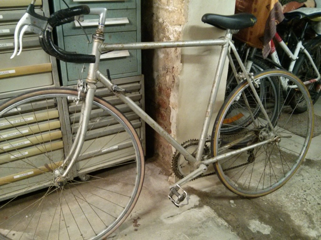 Le vélo d'origine qui devient un single speed