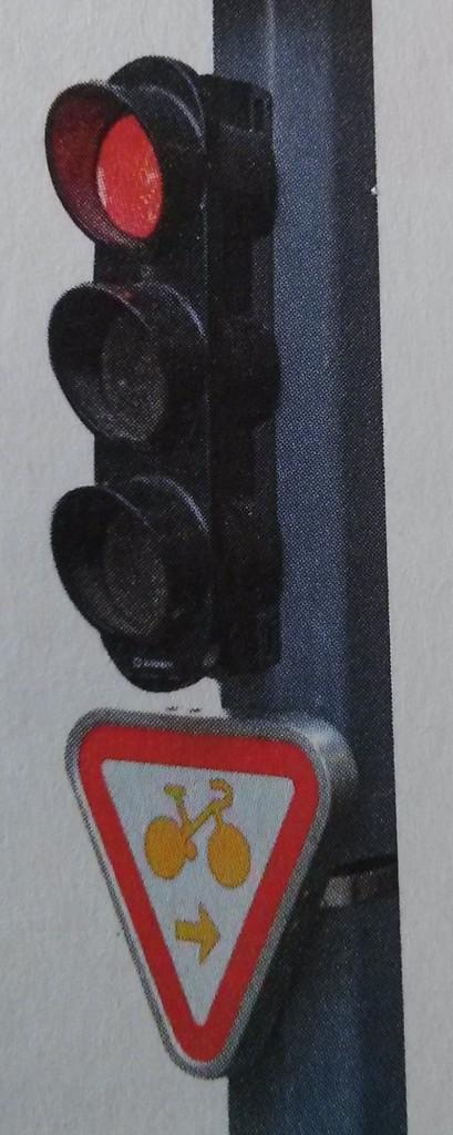 Tourne à droite Lille : au feu tricolore