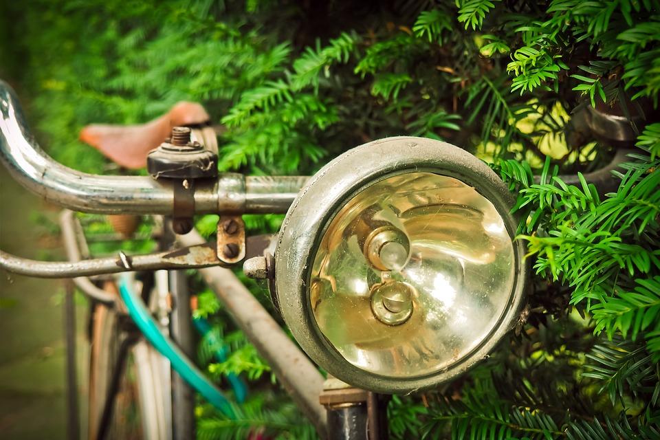 Eclairage obligatoire pour son vélo