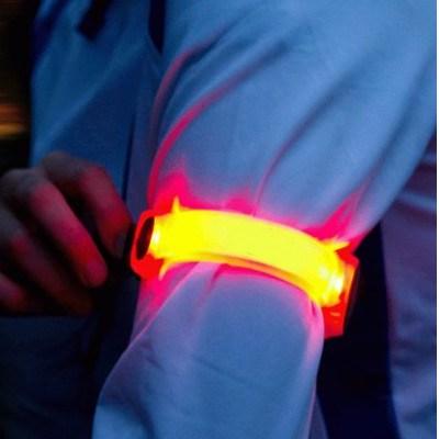 Brassard LED (6 LED) de Ikzi